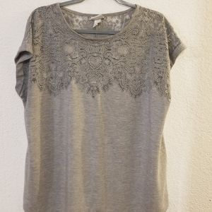 Gray lace tee
